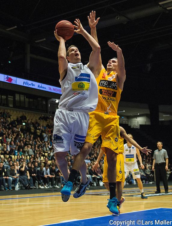 DK caption:<br /> Herning, Danmark, 20151107: <br /> Basketball, Bakken Bears - Horsens IC.<br /> Foto: Lars M&oslash;ller<br /> UK Caption:<br /> Herning, Denmark, 20151107: <br /> Basketball, Bakken Bears - Horsens IC.<br /> Photo: Lars Moeller