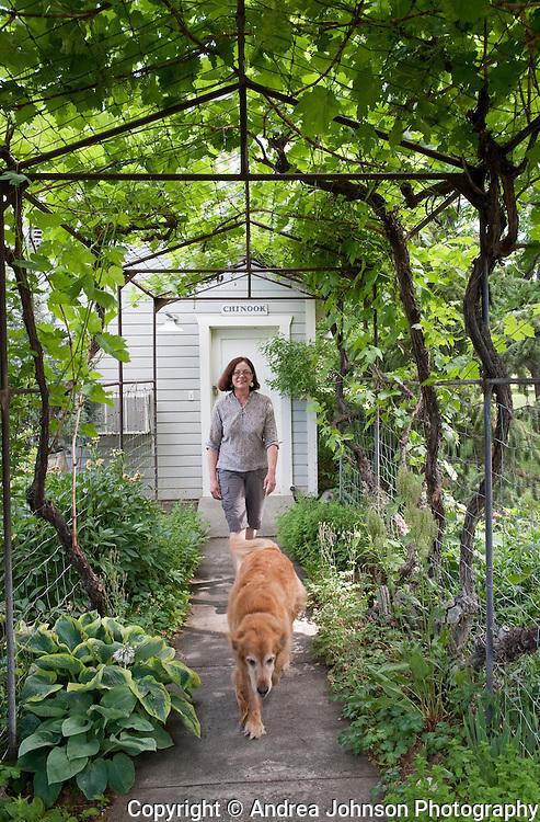 Winemaker Kay Simon at her Chinook tasting room & winery, Prosser, Washington
