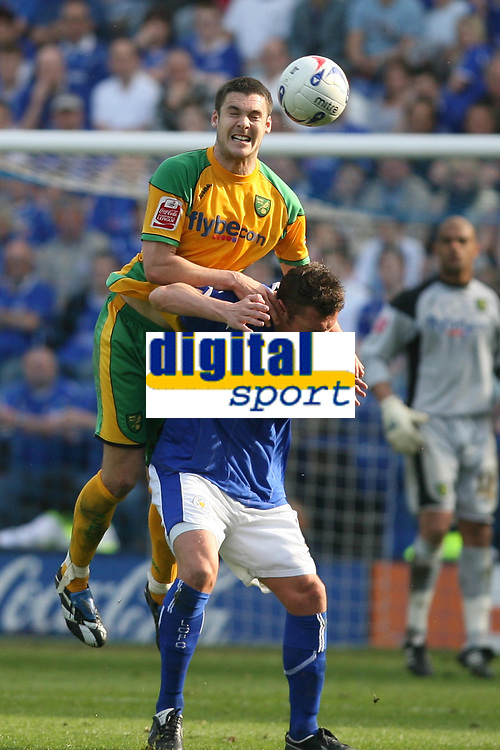Photo: Pete Lorence.<br />Leicester City v Norwich City. Coca Cola Championship. 14/04/2007.<br />Jason Shackell leaps over Geoff Horsfield.