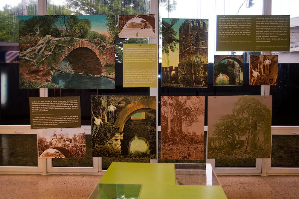 Panama la Vieja o Panama Viejo es el nombre que recibe el sitio arqueologico donde estuvo ubicada la ciudad de Panama desde su fundaci&oacute;n en 1519, hasta 1671. La ciudad fue trasladada a una nueva ubicacion, unos 2 km al suroeste, al quedar destruida tras un ataque del pirata ingles Henry Morgan, a comienzos de la decada de 1670. De la ciudad original, considerada como el primer asentamiento europeo en la costa pacifica de Am&eacute;rica, quedan hoy varias ruinas que conforman este sitio arqueologico. <br /> Photography by Aaron Sosa<br /> Ciudad de Panam&aacute; - Panam&aacute; 2011<br /> (Copyright &copy; Aaron Sosa)