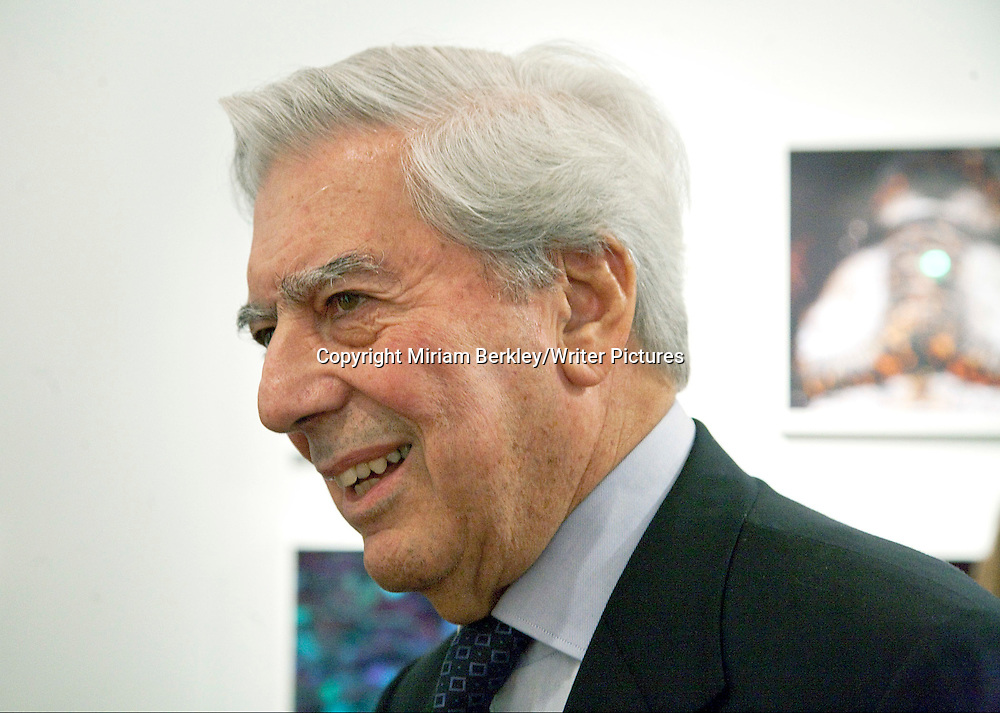 Mario Vargas Llosa at a party at the Instituto Cervantes during the 2008 PEN Conference in NYC<br /> <br /> Miriam Berkley/Writer Pictures<br /> contact +44 (0)20 822 41564<br /> info@writerpictures.com<br /> www.writerpictures.com