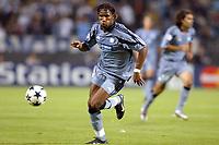 Fotball<br /> UEFA Champions League 2003/2004<br /> 01.10.2003<br /> Marseille v Partizan Beograd<br /> Foto: Digitalsport<br /> NORWAY ONLY<br /> <br /> FOOTBALL - CHAMPIONS LEAGUE 2003/04 - 1ST ROUND - GROUP F - 031001 - OLYMPIQUE MARSEILLE v FK PARTIZAN BELGRADE - DIDIER DROGBA (OM) - PHOTO JEAN MARIE HERVIO