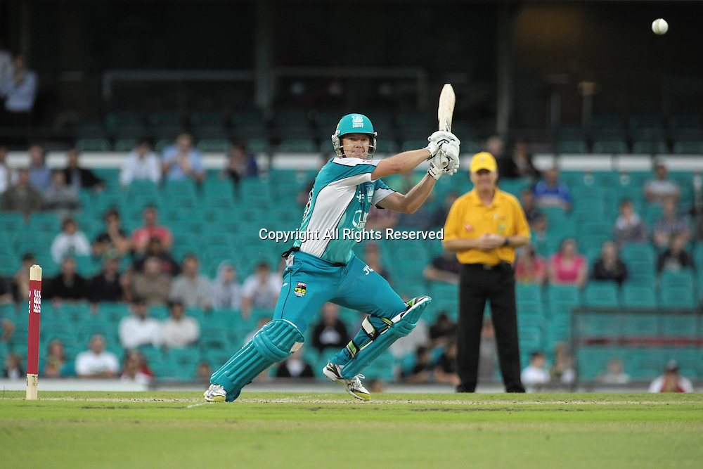 16.12.2011 Sydney, Australia.Brisbane Heat all rounder James Hopes in action during the KFC T20 Big Bash League game between Sydney Sixers and Brisbane Heat at the Sydney Cricket Ground.