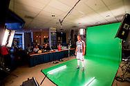 23-07-2015 VOETBAL: FOTOPERSDAG WILLEM II: TILBURG<br /> Vanmiddag werd de jaarlijkse fotopersdag bij Willem II gehouden. TV opnames van Fox sports en studio fotos voor de media<br /> <br /> Foto: Geert van Erven