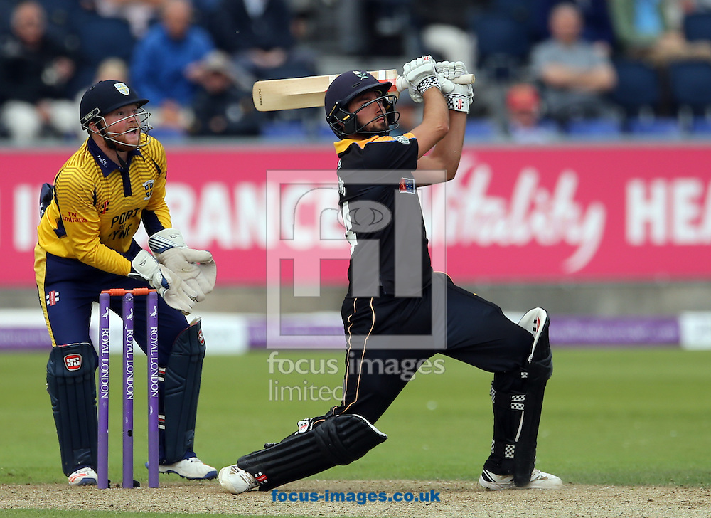 Jack Leaning (r) of Yorkshire Vikings batting during the Royal London One Day Cup match at Emirates Riverside, Chester-le-Street<br /> Picture by Simon Moore/Focus Images Ltd 07807 671782<br /> 31/07/2016