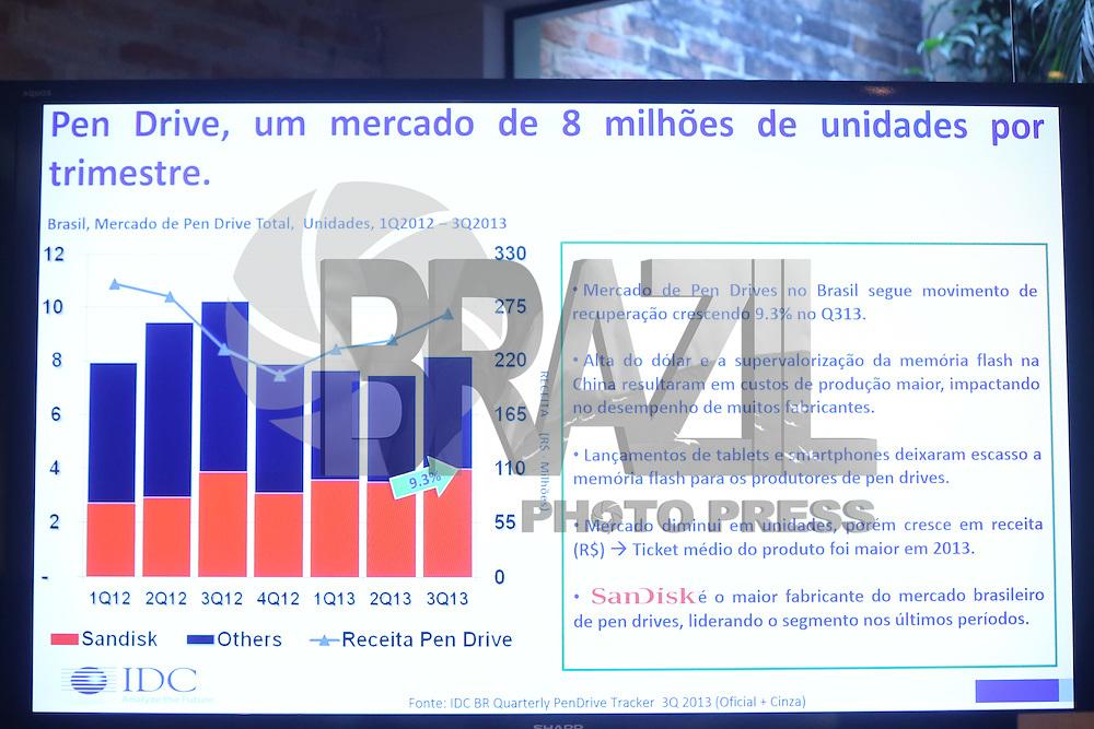 SAO PAULO, SP, 11.02.2014 - Coletiva de apresentacao de produtos da Sandisk nesta terça-feira, 11 na regiao sul da cidade de Sao Paulo. (Foto: Vanessa Carvalho / Brazil Photo Press).