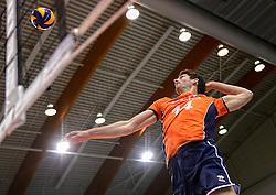31-05-2015 NED: CEV EK Kwalificatie Nederland - Spanje, Doetinchem<br /> Nederland wint met 3-1 van Spanje en plaatst zich voor het EK in Bulgarije en Italie / Niels Klapwijk #14