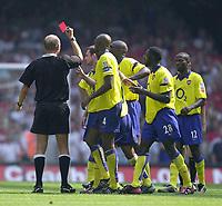 Photo: Richard Lane.<br />Arsenal v Manchester United. The FA Charity Shield 2003. 10/08/2003.<br />Steve Bennett sends off Arsenal's Francis Jeffers
