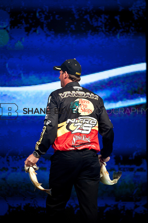 2/25/12 8:13:19 PM -- during the 2012 Bassmaster Classic on the Red River in Shreveport, La. ..Photo by Shane Bevel