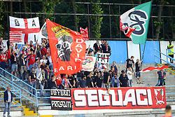 """Foto Filippo Rubin<br /> 18/05/2017 Ferrara (Italia)<br /> Sport Calcio<br /> Spal vs Bari - Campionato di calcio Serie B ConTe.it 2016/2017 - Stadio """"Paolo Mazza""""<br /> Nella foto: Tifosi del Bari<br /> <br /> Photo Filippo Rubin<br /> May 18, 2016 Ferrara (Italy)<br /> Sport Soccer<br /> Spal vs Bari - Italian Football Championship League B ConTe.it 2016/2017 - """"Paolo Mazza"""" Stadium <br /> In the pic: Bari's fans"""