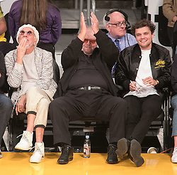 October 20, 2018 - Los Angeles, California, U.S - (L-R) Producer Lou Adler, Jack Nicholson and son, Ray Nicholson attend the NBA game between the Los Angeles Lakers and the Houston Rockets on Saturday October 20, 2018 at the Staples Center in Los Angeles, California. (Credit Image: © Prensa Internacional via ZUMA Wire)