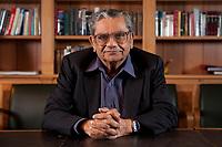 31 MAY 2010, BERLIN/GERMANY:<br /> Jagdish Natwarlal Bhagwati, indischer Oekonom und Professor fuer Politik und Wirtschaft an der Columbia University, nach einem Interview, Bibiothek der American Academy<br /> IMAGE: 20100531-02-096<br /> KEYWORDS: Jagdish Bhagwati, Ökonom