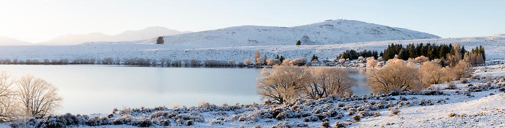 Fresh snow, Lake Alexandrina in winter