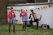 LES APACHES, A Night for the creative Act. Fundraising for the Hoft charity. Rochelle School. Arnold Circus. London.  26 June 2008 *** Local Caption *** -DO NOT ARCHIVE-© Copyright Photograph by Dafydd Jones. 248 Clapham Rd. London SW9 0PZ. Tel 0207 820 0771. www.dafjones.com.