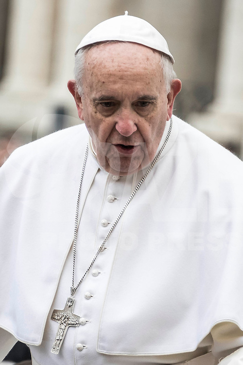 VATICANO, 03.02.2016: PAPA-FRANCISCO - O papa Francisco durante sua audiência-geral semanal, na praça de São Pedro, no Vaticano, nesta quarta-feira (3). (Foto: Giuseppe Ciccia/Brazil Photo Press)