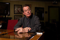 05 JAN 2005, BERLIN/GERMANY:<br /> Franz Muentefering, SPD Partei- und Fraktionsvorsitzender, waehrend einem Interview, Restaurant Tucher<br /> Franz Muentefering, Chairman of the Social Democratic Party Germany, during an interview<br /> IMAGE: 20050105-02-031<br /> KEYWORDS: Franz Müntefering