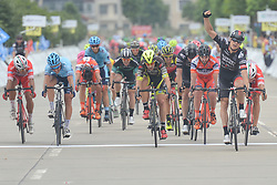 September 20, 2017 - Changde City, China - Scott Sunderland (First Right) from Isowhey Sports Swisswellness wins the second stage of the 2017 Tour of China 2, the 97.6km Changde Lixiang Circuit Race. .On Wednesday, 20 September 2017, in Lixian County, Changde City, Hunan Province, China. (Credit Image: © Artur Widak/NurPhoto via ZUMA Press)