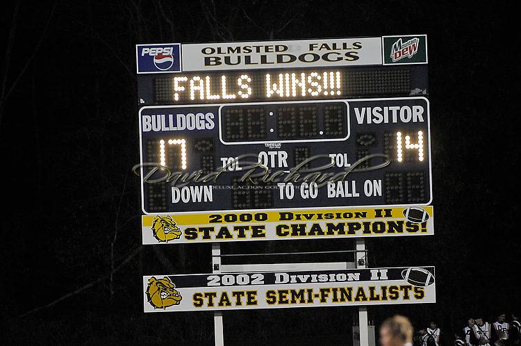 Amherst at Olmsted Falls varsity football on October 22, 2010. © David Richard