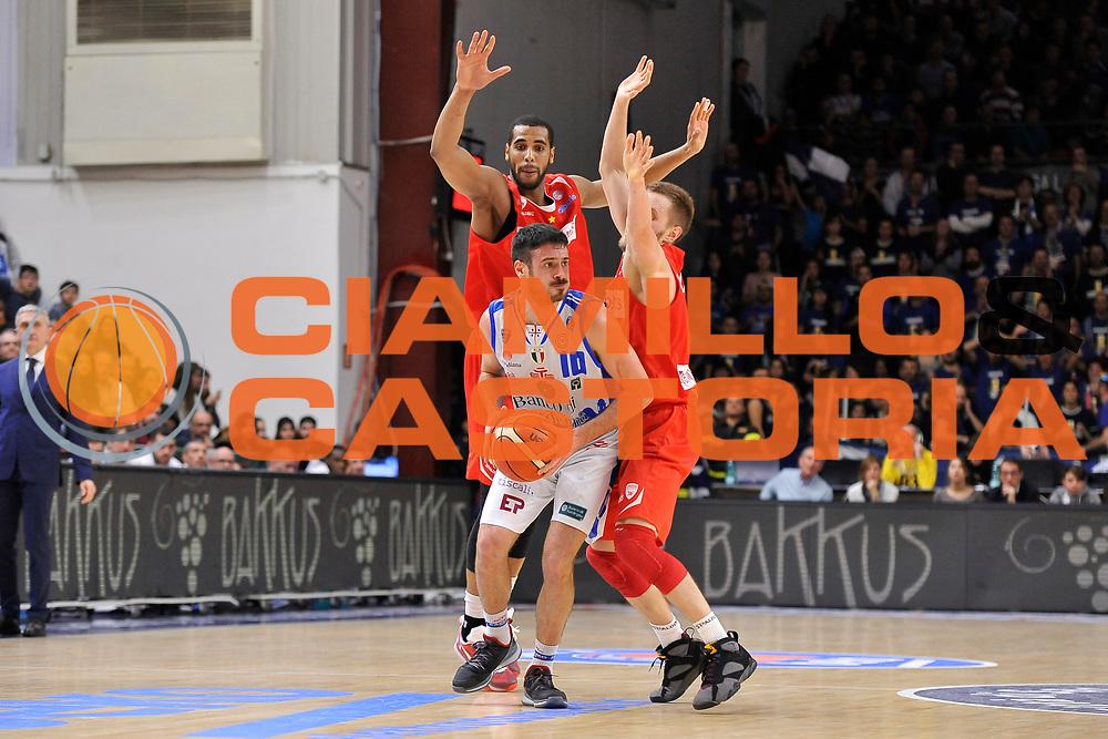 DESCRIZIONE : Beko Legabasket Serie A 2015- 2016 Dinamo Banco di Sardegna Sassari - Openjobmetis Varese<br /> GIOCATORE : Lorenzo D'Ercole<br /> CATEGORIA : Palleggio<br /> SQUADRA : Dinamo Banco di Sardegna Sassari<br /> EVENTO : Beko Legabasket Serie A 2015-2016<br /> GARA : Dinamo Banco di Sardegna Sassari - Openjobmetis Varese<br /> DATA : 07/02/2016<br /> SPORT : Pallacanestro <br /> AUTORE : Agenzia Ciamillo-Castoria/C.Atzori