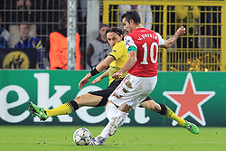 13.09.2011, Signal Iduna Park, Dortmund, GER, UEFA CL, Gruppe F, Borussia Dortmund (GER) vs Arsenal London (ENG), im Bild.Robin van Persie (Arsenal #10) schiesst und Neven Subotic (Dortmund #4) wirft sich rein..// during the UEFA CL, group F, Borussia Dortmund (GER) vs Arsenal London on 2011/09/13, at Signal Iduna Park, Dortmund, Germany. EXPA Pictures © 2011, PhotoCredit: EXPA/ nph/  Mueller *** Local Caption ***       ****** out of GER / CRO  / BEL ******