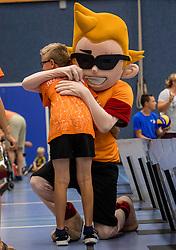 28-08-2016 NED: Nederland - Slowakije, Nieuwegein<br /> Het Nederlands team heeft de oefencampagne tegen Slowakije met een derde overwinning op rij afgesloten. In een uitverkocht Sportcomplex Merwestein won Nederland met 3-0 van Slowakije / Mascotte jeugd item
