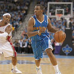 01 November 2008:  New Orleans Hornets guard Chris Paul (3) in action as Cleveland Cavaliers guard Mo Williams (2) defends during a 104-92 win by the New Orleans Hornets over the Cleveland Cavaliers at the New Orleans Arena in New Orleans, LA..