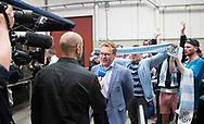 FODBOLD: Direktør Janus Kyhl giver interview til TV2 da FC Helsingør's oprykning til ALKA Superligaen fejres på Kulturværftet i Helsingør den 5. juni 2017. Foto: Claus Birch