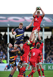 Mitch Eadie of Bristol Rugby wins the ball at a lineout - Photo mandatory by-line: Patrick Khachfe/JMP - Mobile: 07966 386802 27/05/2015 - SPORT - RUGBY UNION - Worcester - Sixways Stadium - Worcester Warriors v Bristol Rugby - Greene King IPA Championship Play-off Final (Second leg)