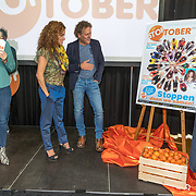 NLD/Amsterdam/20180907 - Start Stoptober 2018, Kees van der Spek, Katja Schuurman en Jan Slagter presenteren Stoptober magazine