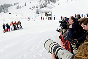 Fotosessie met de koninklijke familie in Lech /// Photoshoot with the Dutch royal family in Lech .<br /> <br /> Op de foto / On the photo:  De Pers tijdens de fotoshoot / The Press at the photoshoot