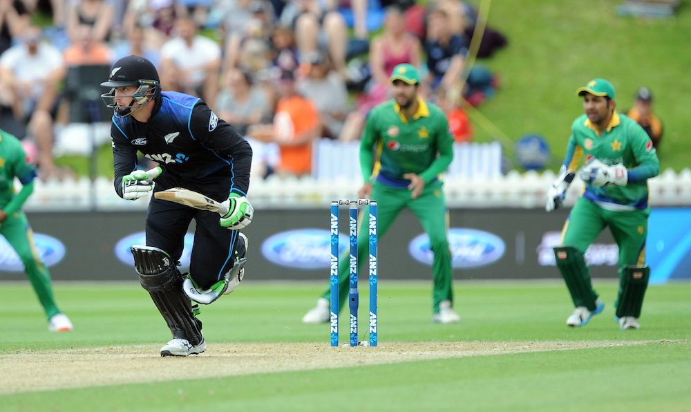 New Zealand's Martin Guptill takes a run against Pakistan in the 1st ODI International Cricket match at Basin Reserve, Wellington, New Zealand, Monday, January 25, 2016. Credit:SNPA / Ross Setford