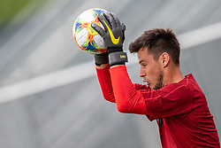 02.06.2018, Woerthersee Stadion, Klagenfurt, AUT, ÖFB Nationalteam, Training, während einem öffentlichen Training des ÖFB Nationalteams am Sonntag, 2. Juni 2019 im Wörtherseestadion in Klagenfurt, im Bild Heinz Lindner (AUT) // Heinz Lindner of Austria during a Trainingssession of Austrian National Footballteam at the Woerthersee Stadion in Klagenfurt, Austria on 2018/06/02. EXPA Pictures © 2019, PhotoCredit: EXPA/ Johann Groder
