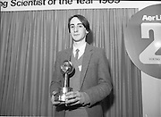11/01/1985.01/11/1985.11th January 1985.The Aer Lingus Young Scientist Exhibition at the RDS Dublin ..Ronan McNulty of Rathfarhnam, Dublin, the Aer Lingus Young Scientist of the Year 1985.