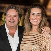 NLD/Amsterdam/20171012 - Televizier-Ring Gala 2017, Dirk Zeelenberg en partner Suus
