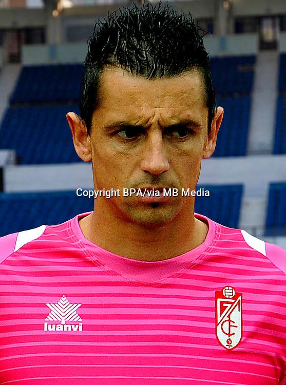 Roberto Fernández  ( Granada CF )