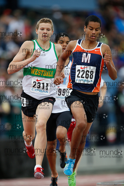 Ian MacKinnon of Westdale SS - Hamilton competes in the 800 metre heats at the 2013 OFSAA Track and Field Championship in Oshawa Ontario, Saturday,  June 8, 2013.<br /> Mundo Sport Images/ Geoff Robins