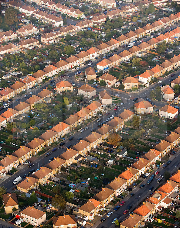 ©London News pictures... 31/12/2010. File picture originally dated 11/10/2010. © under license to London News Pictures. 2011.02.01 .   New figures have shown falls in both mortgage approvals and house prices, marking a slow turn of the year in the housing market.. Photo credit should read: London News Pictures/LNP