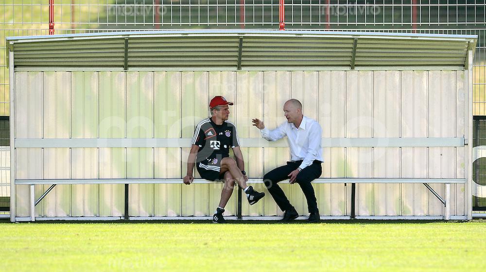 FUSSBALL  1. BUNDESLIGA   SAISON  2012/2013  04.07.2012 Training beim FC Bayern Muenchen  Trainer Jupp Heynckes mit Sportvorstand Matthias Sammer (v. li.)