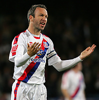 Fotball<br /> England<br /> Foto: Fotosports/Digitalsport<br /> NORWAY ONLY<br /> <br /> Crystal Palace FC vs Charlton Athletic FC Championship 30/09/08<br /> <br /> Palace captain Shaun Derry celebrates victory.
