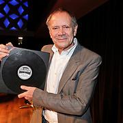 NLD/Hilversum/20101124 - Uitreiking boek 50 jaar Edison, de geschiedenis van de Muziekprijs, Rob de Nijs