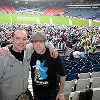Images from The Glasgow Kiltwalk 2013. Kiltwalk SEO Carey McEvoy and Actor Gavin Mitchell at the start of the Kiltwalk.