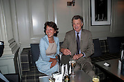 OLGA POLIZZI; WILLIAM SHAWCROSS. Diana Donovan, Olga Polizzi, Stuart Johnson host a cocktail reception to celebrate the publication of a Monograph of the Donovan Bar Photographs in the Donovan Bar at Brown's Hotel. Albermarle St. London. 8 September 2009.