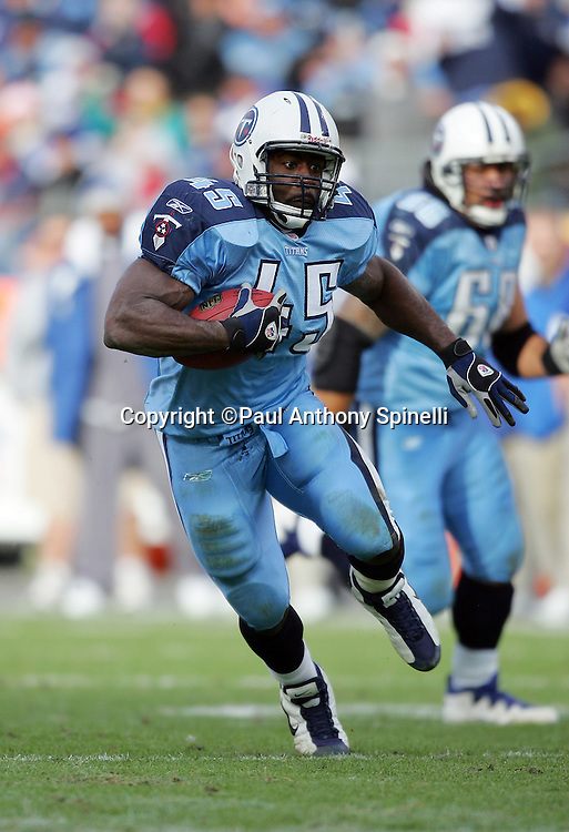 NASHVILLE, TN - DECEMBER 3:  Fullback Ahmard Hall #45 of the Tennessee Titans runs the ball against the Indianapolis Colts at LP Field on December 3, 2006 in Nashville, Tennessee. The Titans defeated the Colts 20-17. ©Paul Anthony Spinelli *** Local Caption *** Ahmard Hall