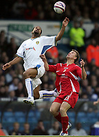 Photo: Paul Thomas/Sportsbeat Images.<br /> Leeds United v Swindon Town. Coca Cola League 1. 17/11/2007.<br /> <br /> Rui Marques (L) of Leeds battles with Simon Cox.