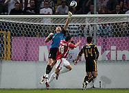 n/z.: (L) bramkarz Maciej Mielcarz (Korona) & (C) Andrzej Niedizelan (nr18-WIsla) & (R) Slawomir Rutka (Korona) podczas meczu ligowego Wisla Krakow - Korona Kielce , I liga 03 kolejka sezon 2007/2008, Orange Ekstraklasa , pilka nozna , Polska , Krakow , 10-08-2007 , fot.: Adam Nurkiewicz / mediasport..(L) goalkeeper Maciej Mielcarz (Korona) & (C) Andrzej Niedizelan (nr18-WIsla) & & (R) Slawomir Rutka (Korona) during soccer first division league match between Wisla Cracow and Korona Kielce in Cracow, Poland. August 10, 2007 ; 03 round season 2007/2008 , football , Poland , Cracow ( Photo by Adam Nurkiewicz / mediasport )