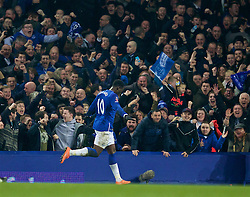 LIVERPOOL, ENGLAND - Saturday, March 12, 2016: Everton's Romelu Lukaku celebrates scoring the second goal against Chelsea during the FA Cup Quarter-Final match at Goodison Park. (Pic by David Rawcliffe/Propaganda)