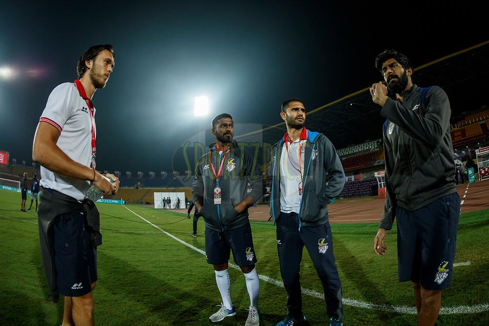 Players after arrival at fop during match 45 of the Hero Indian Super League between NorthEast United FC and ATK  held at the Indira Gandhi Athletic Stadium, Guwahati India on the 12th January 2018<br /> <br /> Photo by: Saikat Das  / ISL / SPORTZPICS