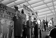 Vietnams seger firas i Kungsträdgården 1 maj 1975