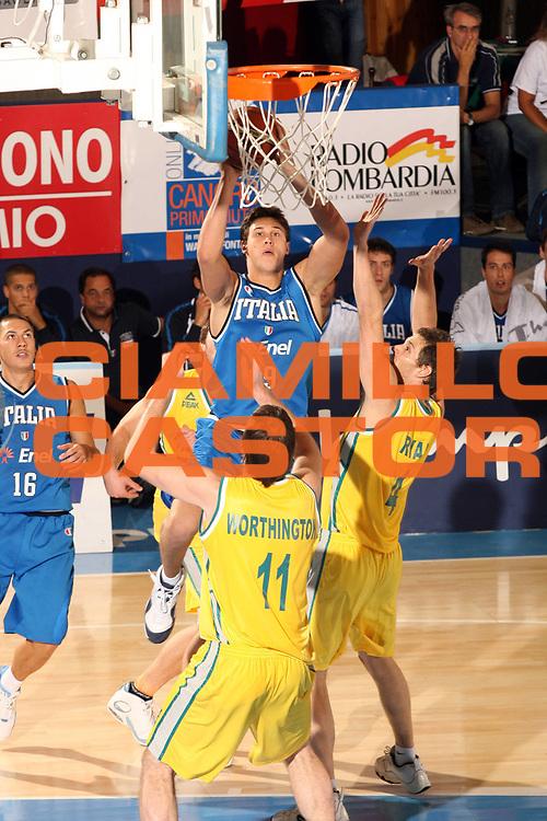 DESCRIZIONE : Bormio Torneo Internazionale Gianatti Italia Australia <br /> GIOCATORE : Danilo Gallinari<br /> SQUADRA : Nazionale Italia Uomini <br /> EVENTO : Bormio Torneo Internazionale Gianatti <br /> GARA : Italia Australia <br /> DATA : 03/08/2007 <br /> CATEGORIA : Tiro<br /> SPORT : Pallacanestro <br /> AUTORE : Agenzia Ciamillo-Castoria/G.Cottini<br /> Galleria : Fip Nazionali 2007 <br /> Fotonotizia : Bormio Torneo Internazionale Gianatti Italia Australia<br /> Predefinita :