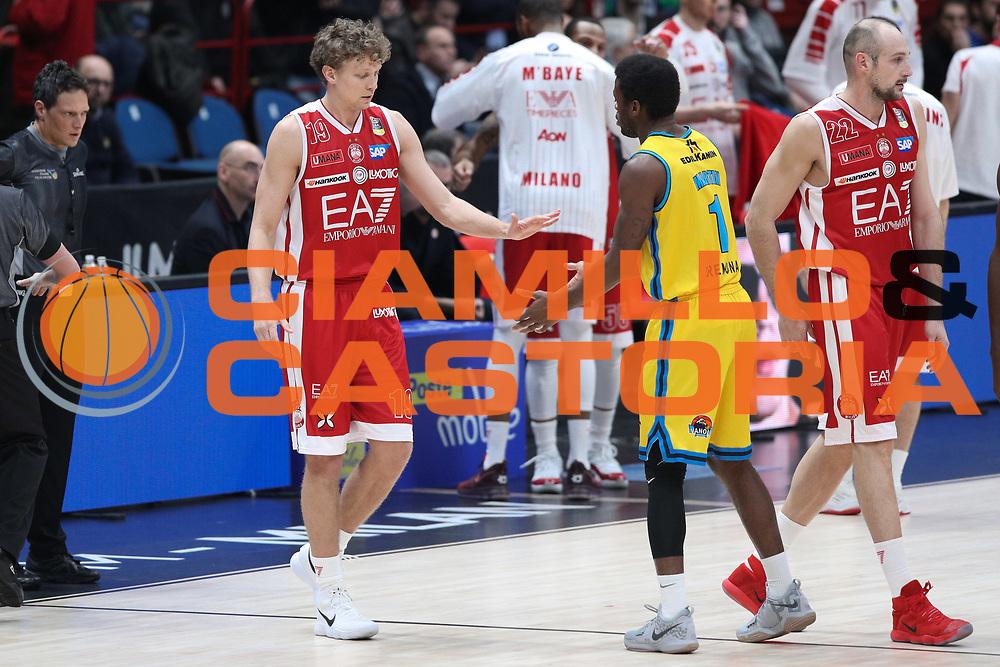 Kuzminskas Mindaugas e Martin Kelvin, EA7 Emporio Armani Milano vs Vanoli Cremona - 16 giornata Campionato LBA 2017/2018, Milano Mediolanum Forum 22 gennaio 2018 - foto BERTANI/Ciamillo